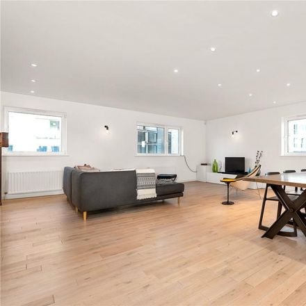 Rent this 3 bed apartment on Kestrel House in Moreland Street, London EC1V 8BE