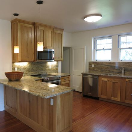Rent this 3 bed house on 96 Decatur Street in Doylestown, PA 18901