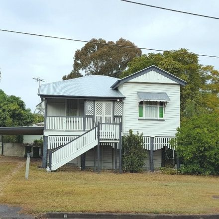 Rent this 2 bed house on 1 Railway Street