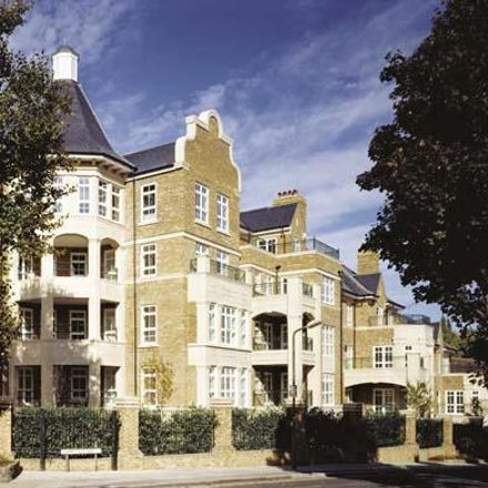 Rent this 3 bed apartment on 1-33 Mountview Close in London NW11 7HZ, United Kingdom