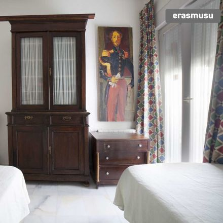 Rent this 2 bed room on Calle Virgen del Valle in 41011 Sevilla, Spain