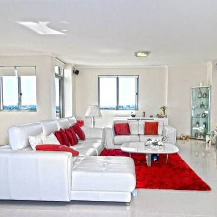 Rent this 3 bed apartment on 185/3-9 Church Avenue