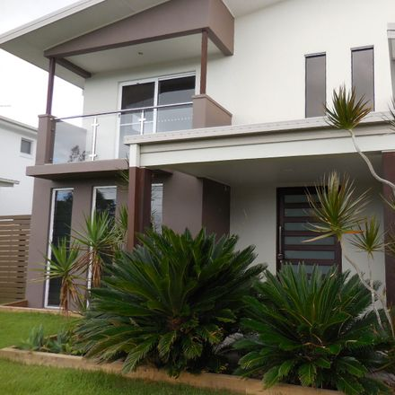 Rent this 5 bed house on 33 River Links Blvd East