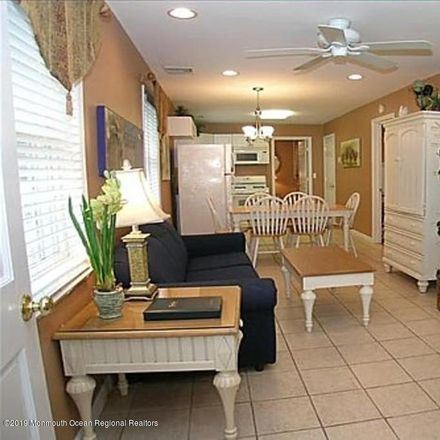 Rent this 3 bed house on Seaside Park