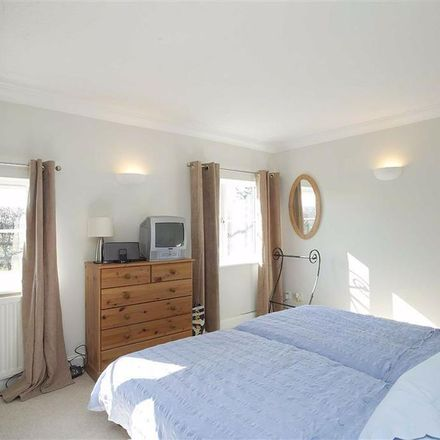 Rent this 4 bed apartment on Bedford Road in Houghton Regis LU5 6JR, United Kingdom