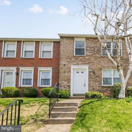 Rent this 3 bed townhouse on 1706 Carriage Court in Frederick, MD 21702