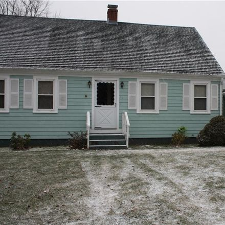 Rent this 3 bed apartment on 39 Macarthur Boulevard in South Kingstown, RI 02879