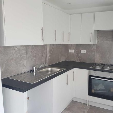 Rent this 3 bed house on Clifton Street in Swindon SN1 3PY, United Kingdom