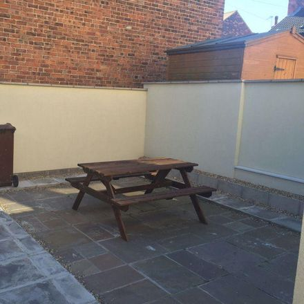 Rent this 5 bed room on Albert Avenue in Hull HU3 6PF, United Kingdom