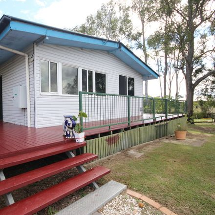 Rent this 3 bed house on 42 Bognuda st
