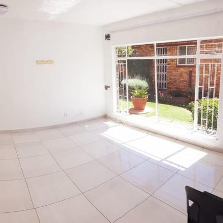 Rent this 3 bed townhouse on KFC in Rahima Moosa Street, Johannesburg Ward 123