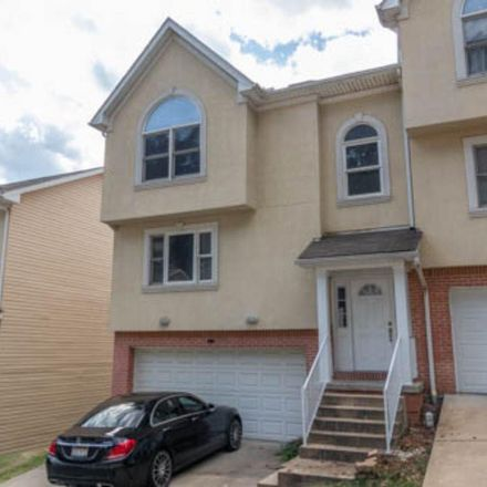 Rent this 3 bed apartment on Cadet Ct in Morgantown, WV