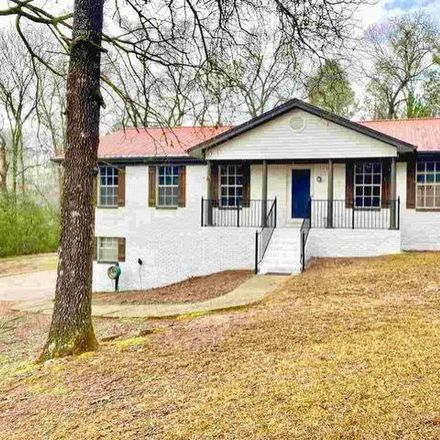 Rent this 4 bed house on 1503 9th Street Northwest in Alabaster, AL 35007