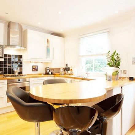 Rent this 2 bed apartment on 95 Warwick Road in London SW5 9TB, United Kingdom