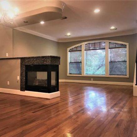 Rent this 3 bed apartment on 2864 Dorrington Street in Houston, TX 77030