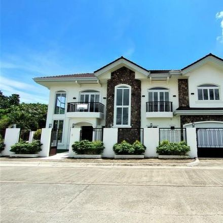 Rent this 6 bed house on unnamed road in Pooc, 6045 Cebu