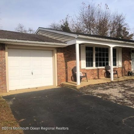 Rent this 3 bed house on 31 Daisy Rd in Toms River, NJ