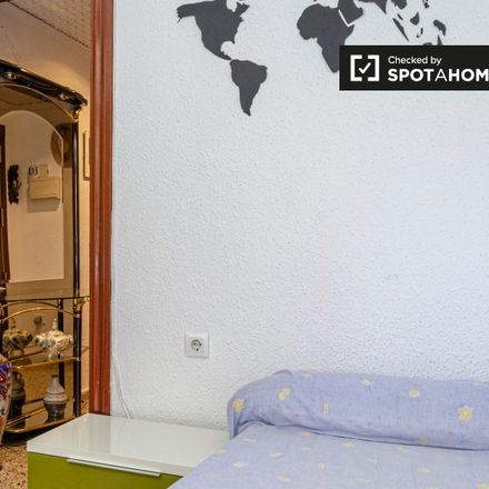 Rent this 4 bed apartment on Carrer dels Sants Just i Pastor in 46022 Valencia, Spain
