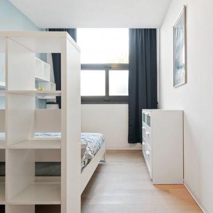Rent this 6 bed room on Via privata Deruta in 22, 20132 Milan Milan