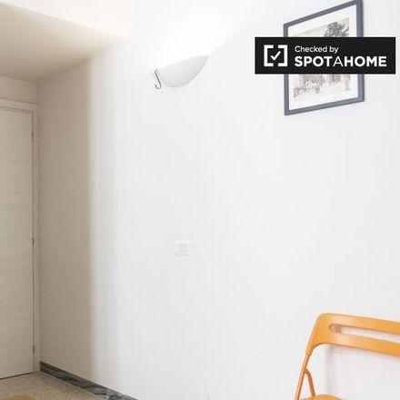 Rent this 3 bed room on Istituto Religioso Suore di San Giuseppe di Cluny in Via Angelo Poliziano, 38