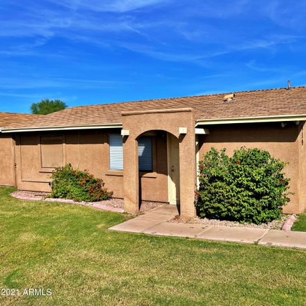 Rent this 2 bed townhouse on 910 South Acorn Avenue in Tempe, AZ 85281
