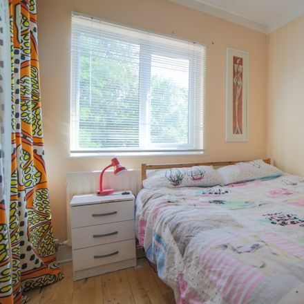 Rent this 5 bed apartment on Cheyne Walk in London NW4 3QU, United Kingdom