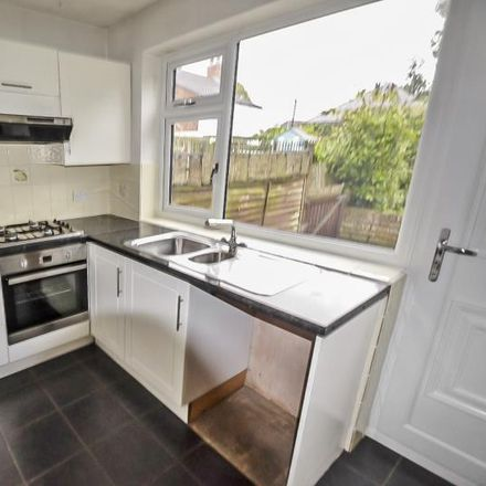 Rent this 2 bed house on Morfitt Cycles in Wilson Street, Anlaby HU10 7AN