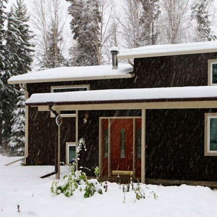Rent this 4 bed house on 1103 West Turnaround in North Pole, Fairbanks North Star