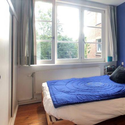 Rent this 4 bed apartment on Rue Cervantès - Cervantesstraat 86 in 1190 Forest - Vorst, Belgium
