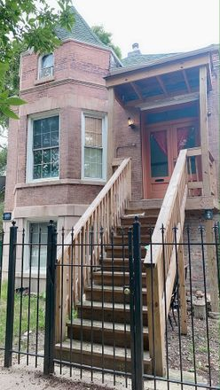 Rent this 6 bed duplex on 2430 South Saint Louis Avenue in Chicago, IL 60623