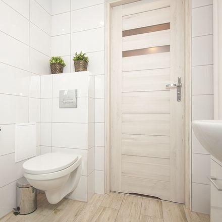 Rent this 5 bed room on Komorska 4 in 04-161 Warsaw, Poland