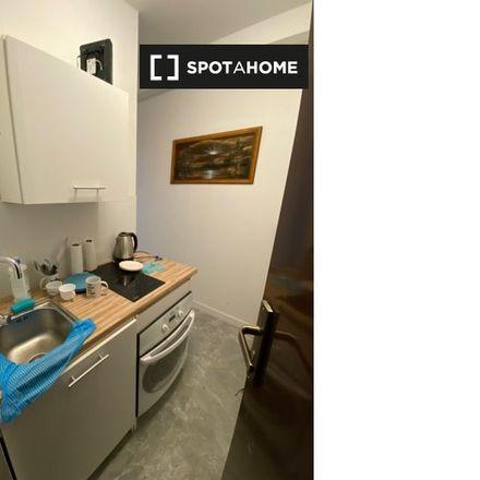 Rent this 2 bed apartment on Kościół Chrześcijan Baptystów – II Zbór we Wrocławiu in Waleriana Łukasińskiego 20a, 50-436 Wroclaw