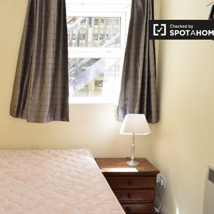 Rent this 2 bed room on 2 Dunbo Hill in Howth ED, Howth