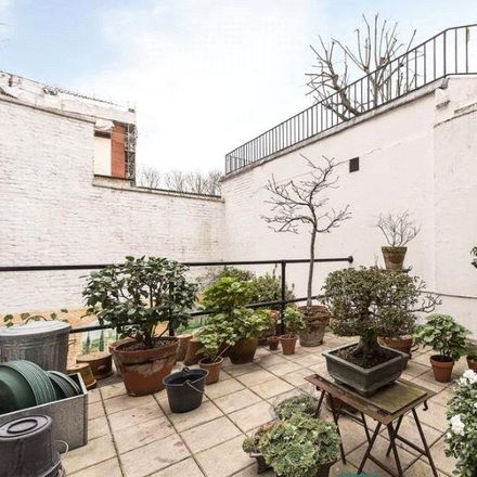 Rent this 2 bed apartment on Parkwood Hotel in 4 Stanhope Place, London W2 2HH