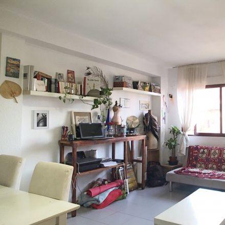 Rent this 1 bed apartment on Centro de Cuidados paliativos Laguna in Calle de Gregorio Vacas, 28001 Madrid