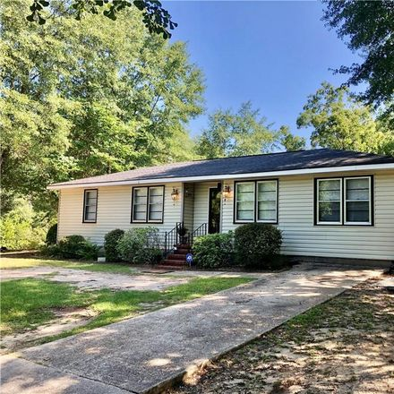 Rent this 4 bed house on 1308 9th Street South in Phenix City, AL 36869