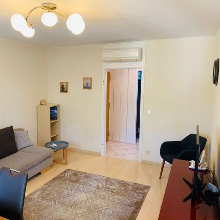 Rent this 3 bed apartment on Herrmann-Leichtlin-Straße 10 in 76185 Karlsruhe, Germany