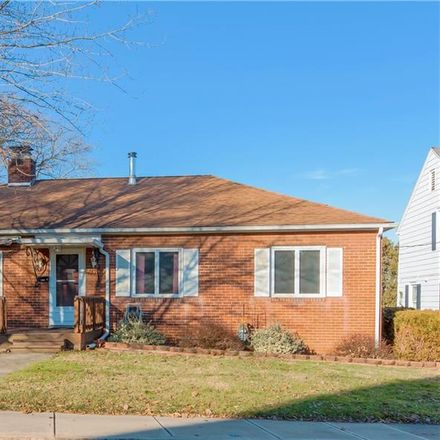 Rent this 3 bed house on 1329 Newman Drive in Zanesville, OH 43701