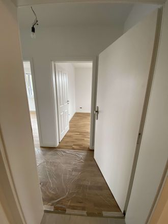 Rent this 3 bed condo on Slippen 1 in 28832 Achim, Germany