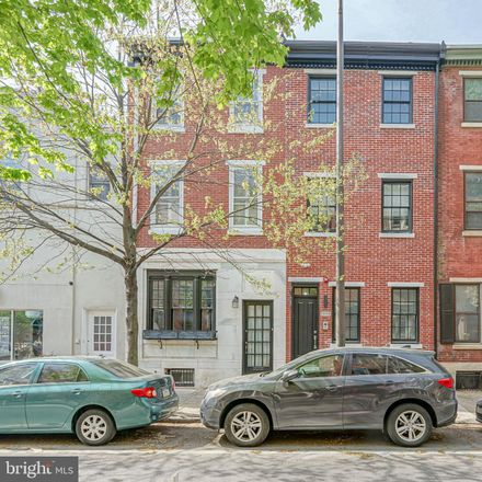 Rent this 4 bed townhouse on 2006 Pine Street in Philadelphia, PA 19103