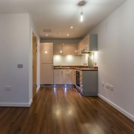 Rent this 1 bed apartment on Robert Rhys in Broad Weir, Bristol BS1