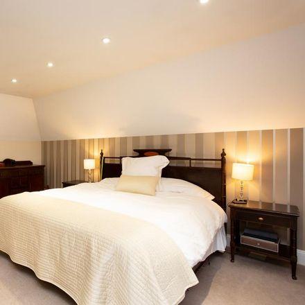 Rent this 5 bed house on Portsmouth Road in Elmbridge KT11 1BQ, United Kingdom