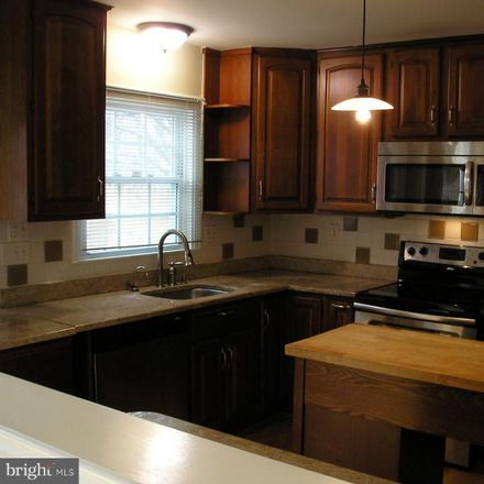 Rent this 3 bed townhouse on 1805 Wainwright Drive in Reston, VA 20190