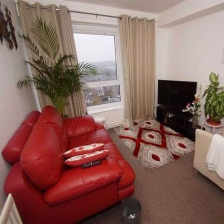 Rent this 1 bed apartment on Meynell Heights in Meynell Approach, Leeds LS11 9PZ