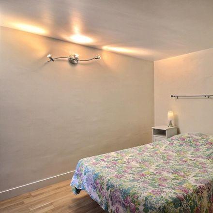 Rent this 1 bed apartment on 64 Rue de La Rochefoucauld in 75009 Paris, France