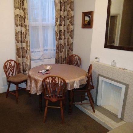 Rent this 4 bed house on Upperton Road West in London E13, United Kingdom