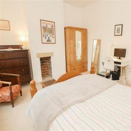 Rent this 2 bed house on Priesthorpe Road in Leeds LS28 5JX, United Kingdom
