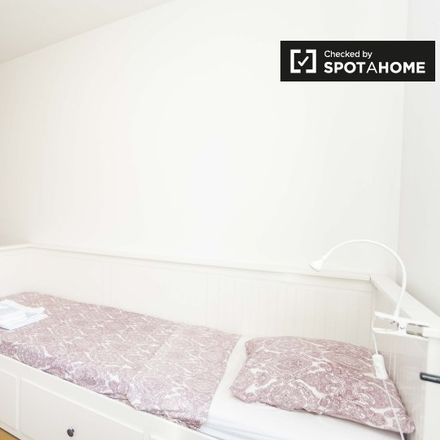 Rent this 3 bed apartment on Varanda do Vale Formoso in Rua do Vale Formoso de Cima 113, 1950-266 MARVILA Lisbon