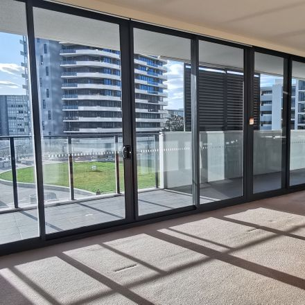Rent this 3 bed apartment on 211/42 Walker Street