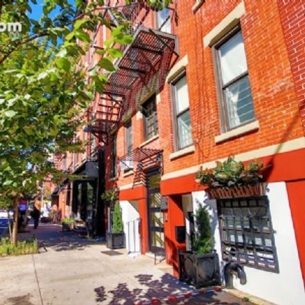 Rent this 3 bed apartment on 405 East 12th Street in New York, NY 10009